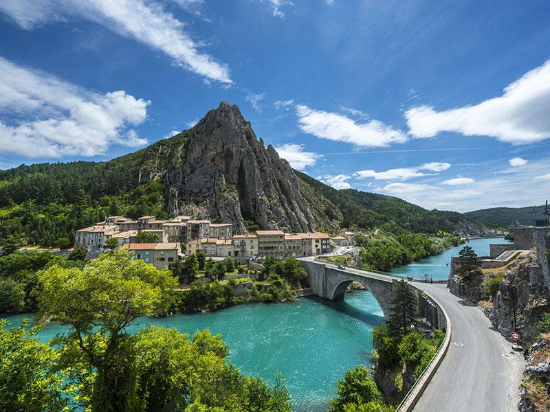 Guest houses alpes de haute provence for Haute provence