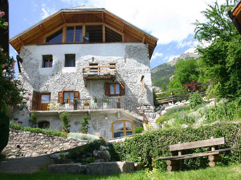La maison du guil chambres d 39 h tes de charme eygliers - Chambre d hotes hautes alpes ...